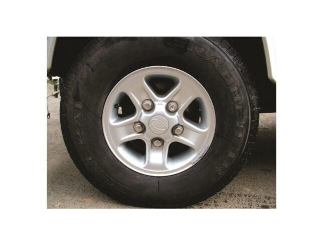 Boost alloy wheels silver / black
