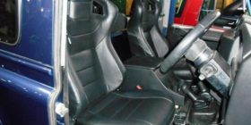 defender-race-seats