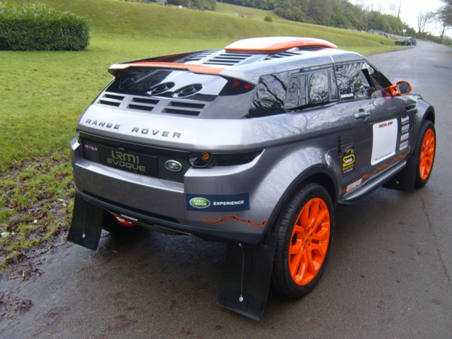 NEW Range Rover Evoque LRM 1 Comp Safari Rally - Simmonites