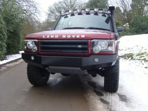 discovery-heavy-duty-front-bumper-with-fog-lights