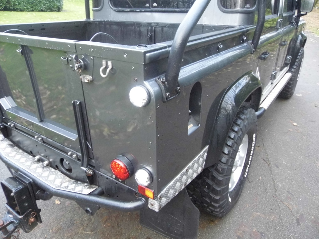 2001 Land Rover Defender 110 Td5 Double Cab Tomb Raider