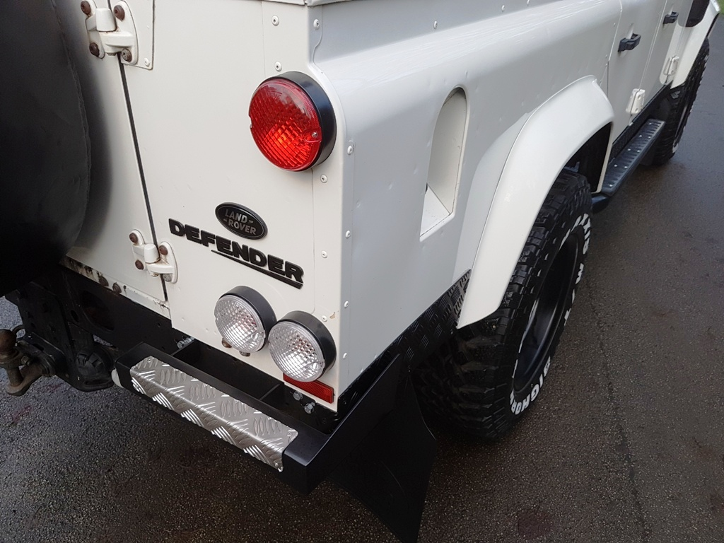 2007 Land Rover Defender 110 Tdci Xs County Station Wagon