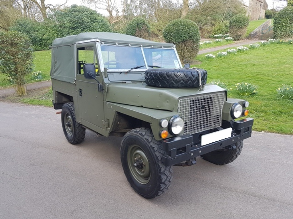 Land Rovers For Sale In Yorkshire Simmonites 1975 Rover Defender 90 Series Iii Light Weight Ltwt Lhd Or Rhd Diesel