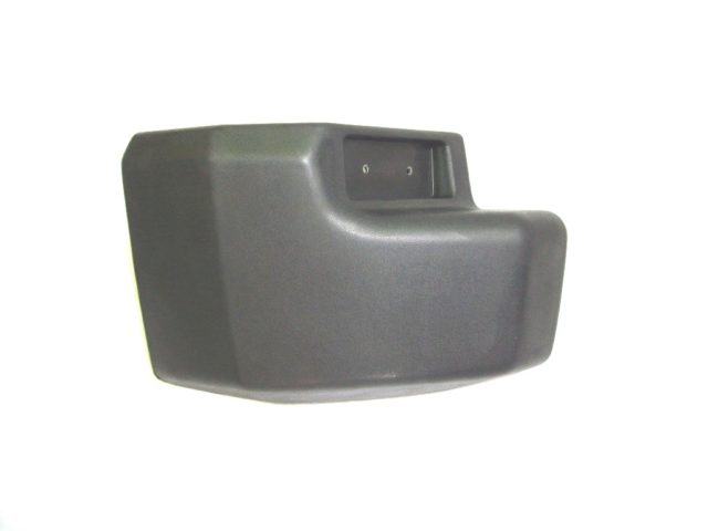 LAND ROVER DISCOVERY 1 BUMPER END CAP LEFT HAND REAR 200 TDI