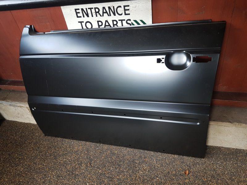 RANGE ROVER P38 LEFT HAND FRONT DOOR SKIN - ALR25